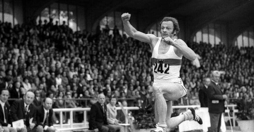 Michael Sauer in Aktion bei einem Leichtathletik-Länderkampf gegen die UdSSR 1972 in Augsburg; Foto: IMAGO