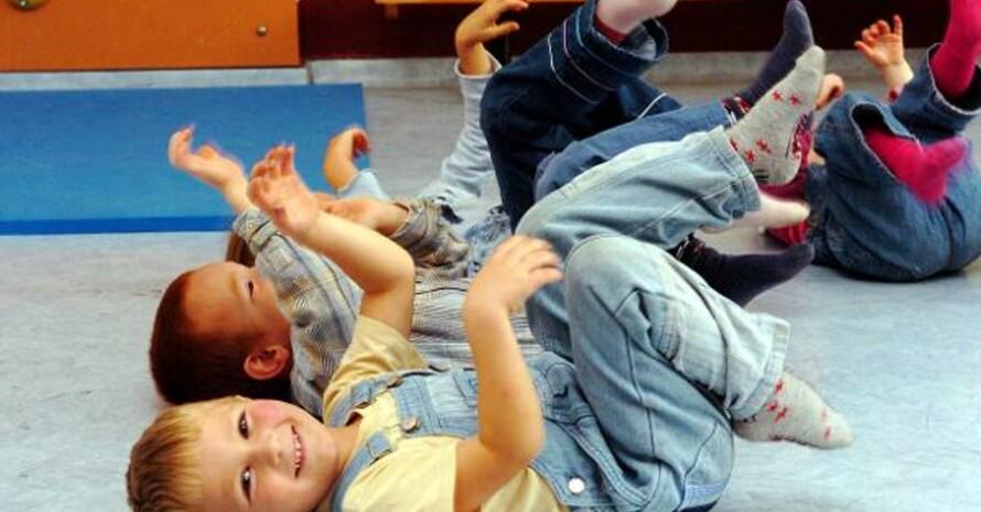 Unter den zehn nominierten Initiativen ist auch ein Bewegungskonzept einer Kita in Halle für die Kleinsten. Copyright: picture-alliance