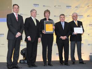 BVR-Präsident Uwe Fröhlich, Bundespräsident Horst Köhler, Elke Duda vom TSV Berlin-Wittenau, DOSB-Präsident Thomas Bach und Dr. Flechsig von der Berliner Volksbank (v.l.).