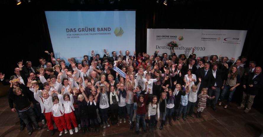 Die Gewinner des Grünes Bands in Schwerte. Foto: Getty Images