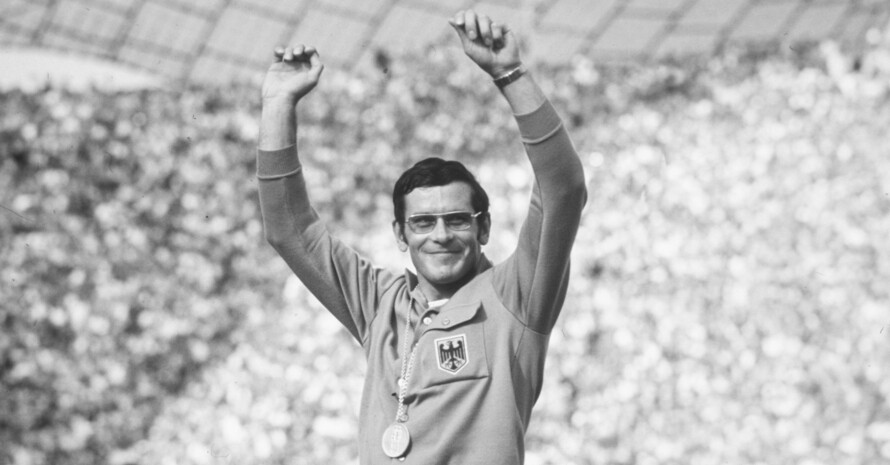 Am 3.9.1972 im Münchner Olympiapark stand Bernd Kannenberg ganz oben auf dem olympischen Siegerpodest. Foto: picture-alliance