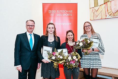 Foto: (v. l.) Kai Ostermann, Alessa-Catriona Pröpster, Andrea Herzog, Isabel Gose (DOSB/picture alliance/Haas)