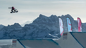 Annika Morgan beim Big Air Wettkampf in Lausanne. Foto: Olympic Information Services