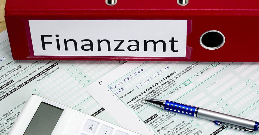 Bislang haben sich DOSB und LSB Niedersachsen vergeblich für Steuererleichterungen eingesetzt. Foto: picture-alliance