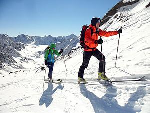 Skifahren hat bei den Alpenvereinen eine festen Platz. Foto: DAV/Thomas Bucher