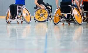 Sportler mit Behinderungen würden von den Standardanforderungen profitieren, so wie diese Basketballer im Rollstuhl. Foto: picture-alliance