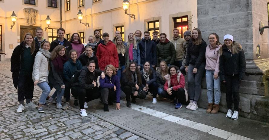 Die Teilnehmer*innen des Vorbereitungstreffens in Würzburg. Foto: dsj
