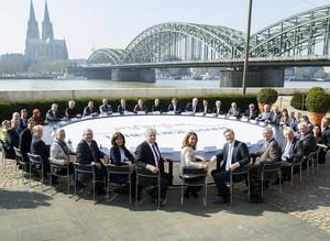 """Teilnehmerinnen und Teilnehmer des Runden Tischs in Köln. Foto: Stiftung """"Lebendige Stadt"""""""