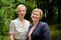 Michaela Röhrbein und Birte Steven-Vitense bei der Auftaktveranstaltung am 8./9. Juli 2016 in Frankfurt. Foto: bewahrediezeit.de