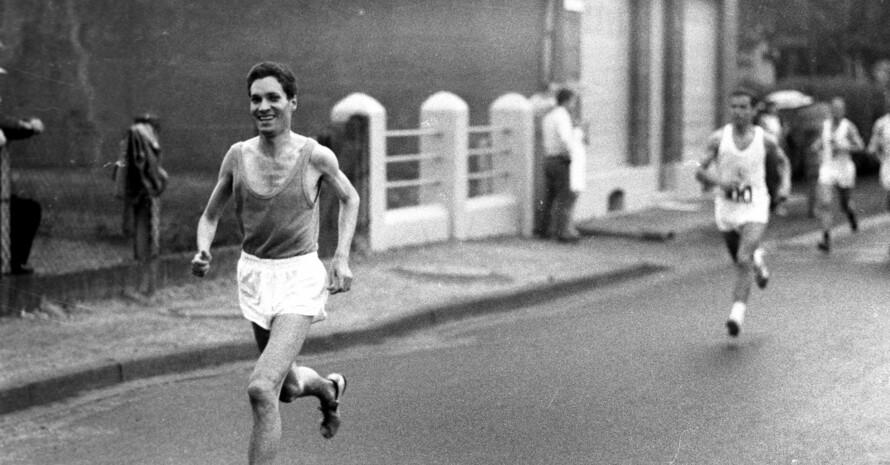 Manfred Steffny in seiner aktiven Zeit 1968 bei einem Lauf in Meerbeck / Nordrhein-Westfalen; Foto: HORSTMÜLLER