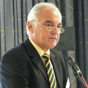 DOSB-Vizepräsident für Breitensport & Sportentwicklung Walter Schneeloch zeigte Perspektiven auf