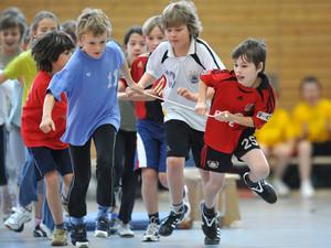 Das Memorandum für den Schulsport fordert mehr Bewegung für Kinder. Copyright: picture-alliance
