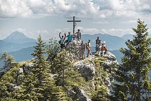 Wanderung mit A.L.M. zum Gipfelkreuz in den Bayerischen Alpen. Foto: DAV/Klaus Listl