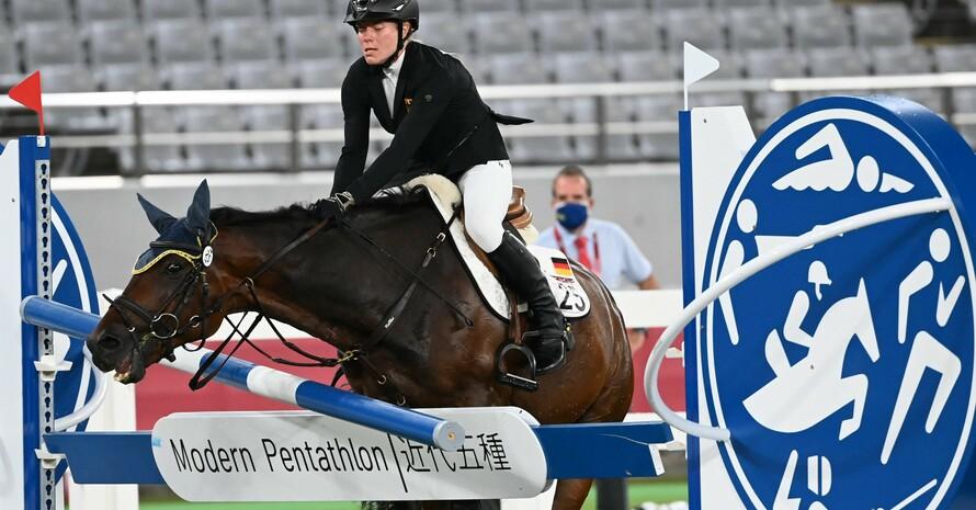 Saint Boy, das Pferd das Annika Schleu reiten sollte, weigerte sich über die Hindernisse zu springen. Foto: picture-alliance