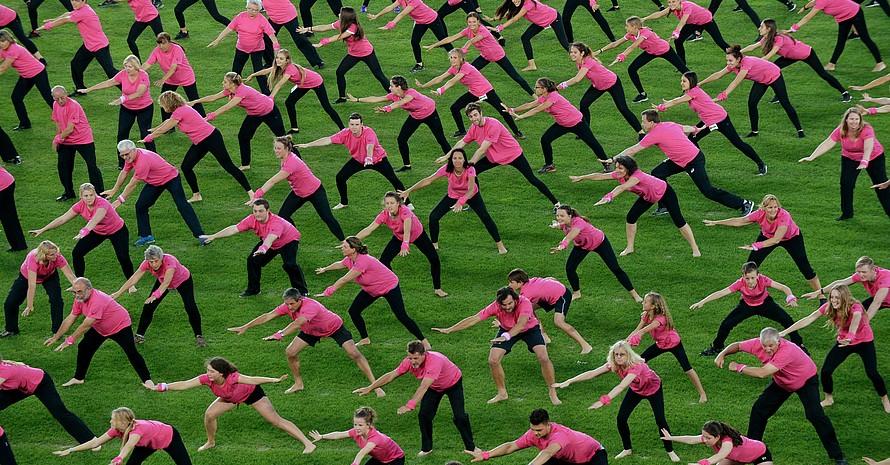 Unser Bild zeigt einen Teil der Breitensport-Performance bei der Welt-Gymnaestrada 2015 in Helsinki. Foto: picture-alliance