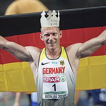 Arthur Abele krönte sich bei der HEim-EM in berlin zum König der Zehnkämpfer. Foto: picture-alliance