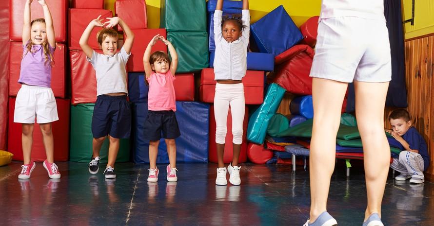 Bewegung und Sport machen Kinder glücklich. Foto: picture-alliance