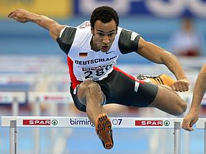 Zehnkämpfer Jacob Minah setzt sich für das Deutsche Sportabzeichen ein. Copyright: picture-alliance