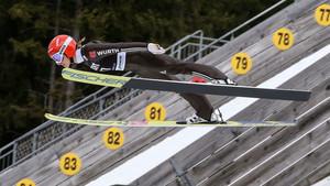 Beim Skispringen mussten Frauen bis 2014 auf eine Olympiateilnahme warten. Foto: picture-alliance
