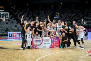 Die deutschen Basketballer haben sich erfolgreich für die Spiele in Tokio qualifiziert. Foto: picture-alliance
