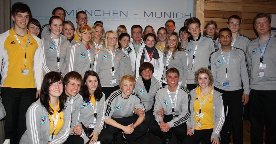 Die Teilnehmer und Teilnehmerinnen am Olympischen Jugendlager in Kanada sind wohlbehalten und mit tollen Eindrücken zurückgekehrt. Foto: DOA