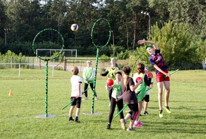 Wann dürfen Kinder und Jugendliche sich wieder auf dem Sportplatz austoben? Foto: picture-alliance