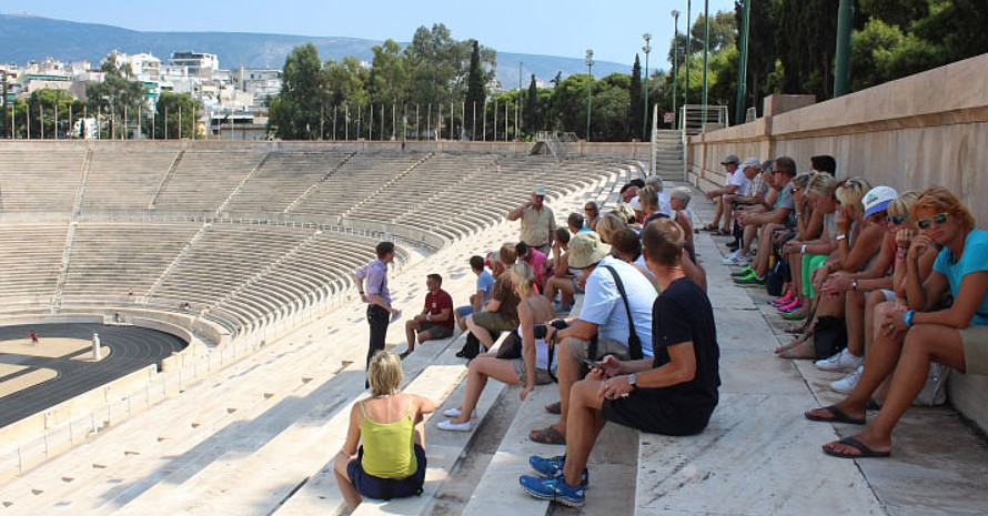 Auch ein Besuch des Olympiastadions von 1896 in Athen steht auf dem Programm. Foto: DOA
