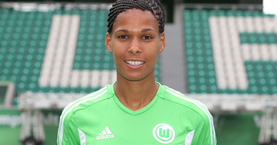 Navina Omilade spielte von 1998 bis 2013 in der Fußballbundesliga; zuletzt beim VfL Wolfsburg. Foto: picture-alliance