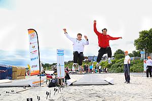 Wer springt weiter: Frank Busemann oder Danny Ecker? (Foto: DOSB/Treudis Naß)