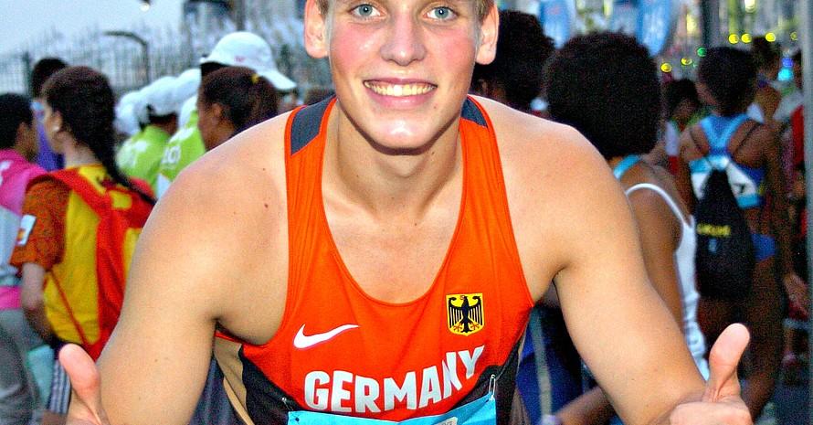 Als sprintender Kugelstoßer kam Merten Howe mit seiner internationalen 8x100-Meter-Pendelstaffel als Sieger ins Ziel.