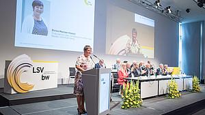 Präsidentin Elvira Menzer-Haasis bei der Mitgliederversammlung des LSV in Mannheim. Foto: LSVBW/Martin Stollberg