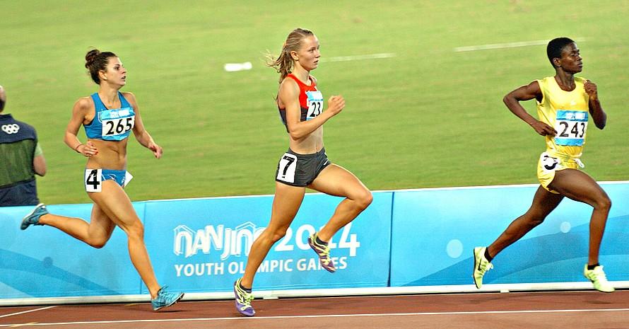 Ein beherztes 800-Meter-Rennen zeigte Mareen Kalis. Es wurde mit der Bronzemedaille belohnt.