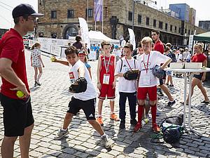 Mitmachangebote von knapp 50 Partnern warten auf die Teilnehmenden des Olympic Day. Foto: DOA/Maria Schulz