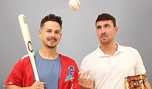 Jan-Niclas (re.) und Lennard Stöcklin haben Studium und Ausbildung erfolgreich mit ihrer Baseball-Karriere verbunden. Foto: Frank Grimm