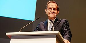 """""""Die Integrität des Sports ist unser höchstes Gut"""", sagte Alfons Hörmann bin seiner Rede an die DOSB-Mitgliederversammlung in Frankfurt/M."""