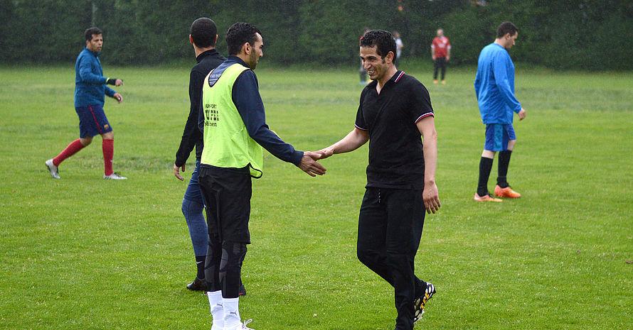 Der FC Maroc wurde erst 2009 gegründet. Das Training gleicht eher einem lockeren Kicken mit Freunden. Foto: DJS/Länge