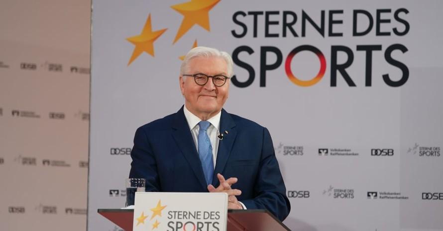 """""""Der Sport ist und bleibt ein Hoffnungsträger unserer Gesellschaft"""" so Bundespräsident Frank-Walter Steinmeier bei der Preisverleihung der """"Sterne des Sports"""". Foto: DOSB/BVR"""