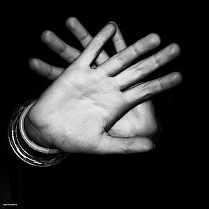 Straftaten gegen die sexuelle Selbstbestimmung von Kindern und Jugendlichen sollen nicht mehr nach drei, fünf oder zehn Jahren wie bisher aus dem Führungszeugnis gelöscht werden. Foto: Prexels/Josie Stephens