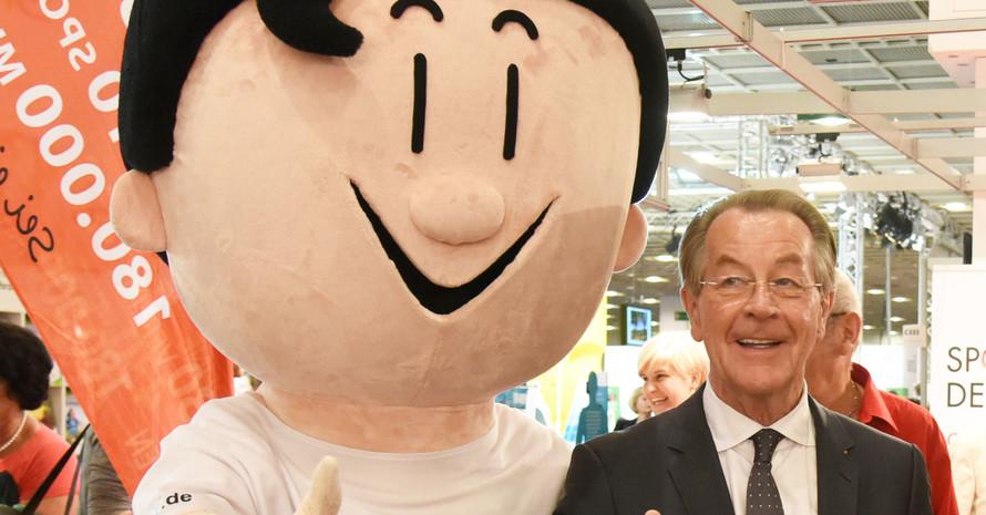 Der BAGSO-Vorsitzende Franz Müntefering und Trimmy werden auf dem Deutschen Seniorentag dabei sein. Foto: DOSB