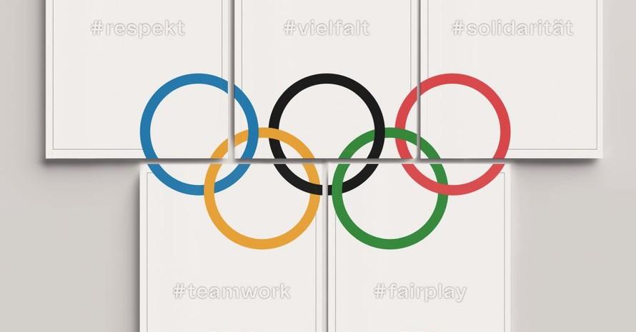Die verschiedenen Titelseiten, feiern die Werte Vielfalt, Respekt, Teamgeist, Solidarität und Fairplay; legt man alle Ausgaben zusammen, bilden sie die olympischen Ringe. Foto: Oberhagemann Wurm GbR