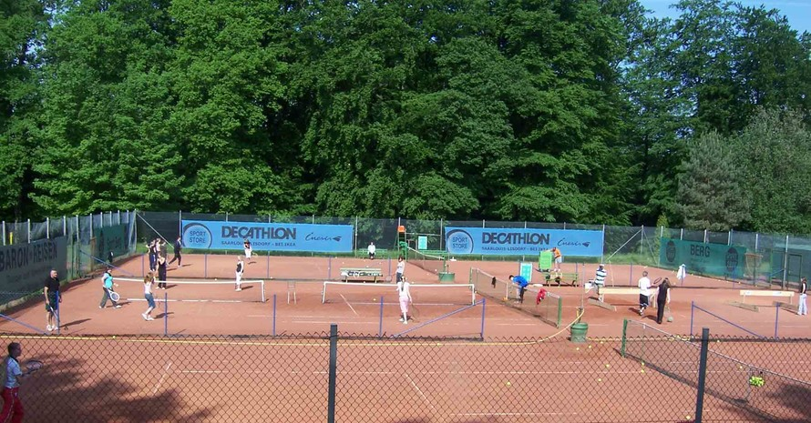 TC Südwarndt Großrosseln belebt dieTennisplätze (Quelle: TC Südwarndt Großrosseln e.V.)