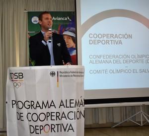 Experte Scheer in El Salvador/ Bild: DOSB