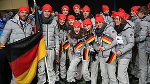 Das Jugend Team Deutschland bei der Eröffnung des Olympischen Jugendfestivals in Sarajevo. Foto: DOSB
