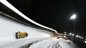 Am 5. und 7. Februar rasen die Zweierbobs im Eiskanal von Altenberg um den WM-Titel. Foto: Viesturs/BSD