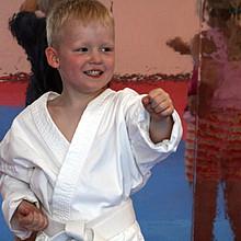 Initiative des Monats: Karate für Zwerge