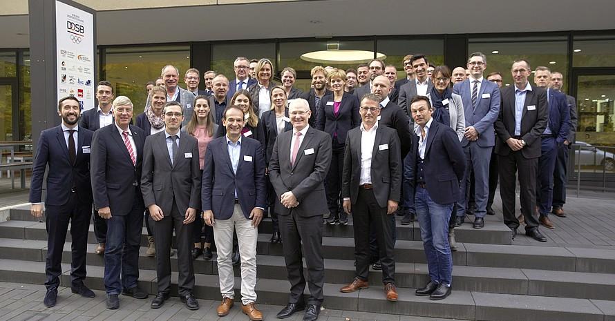 Mehr als 70 Vertreter der deutschen Strafverfolgungsbehörden, der Regierung, der Wettbüros und der Sportorganisationen haben am Workshop im Hause des DOSB teilgenommen. Foto: DOSB