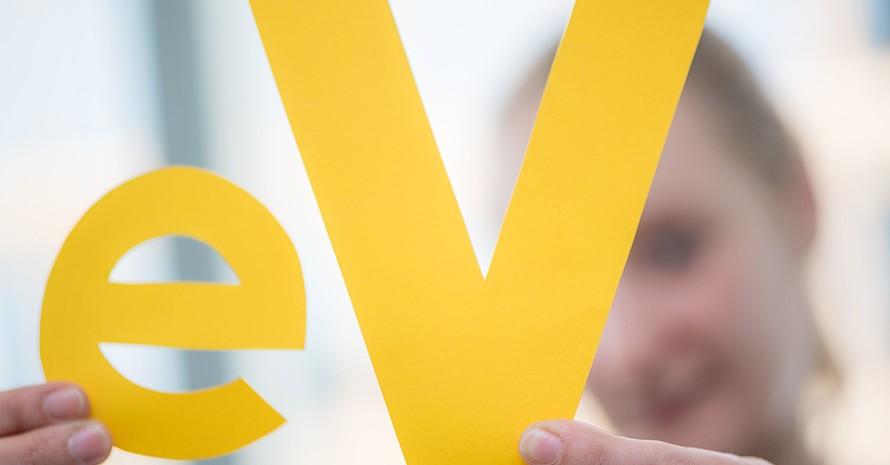 Bürgerschaftliches Engagement in Deutschland ist vielfältig und beschränkt sich nicht nur auf eingetragene Vereine (e.V.). Foto: picture-alliance