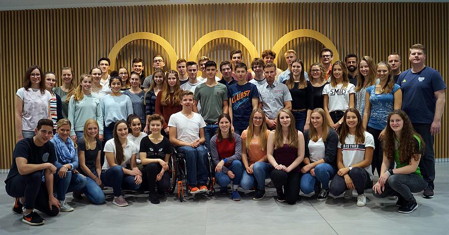 Die Teilnehmerinnen und Teilnehmer des Deutschen Olympischen Jugendlagers (Foto: DOA)