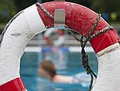 Mangelnde  Schwimmfähigkeit ist eine der häufigsten Ursachen für Ertrinken. Foto: picture-alliance