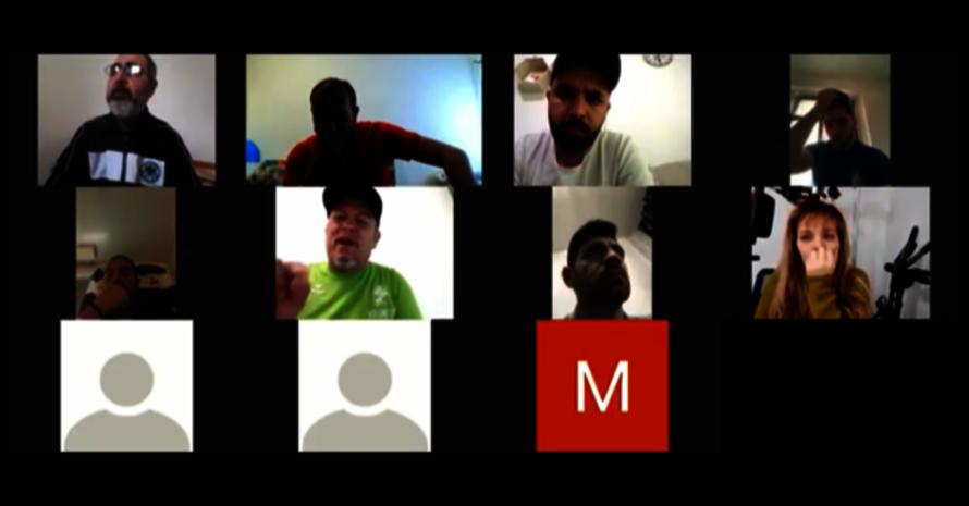 Teilnehmer/-innen während der Online-Videokonferenz